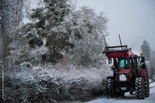 photo © angelle naive route tracteur soiree étrange lumiere geler
