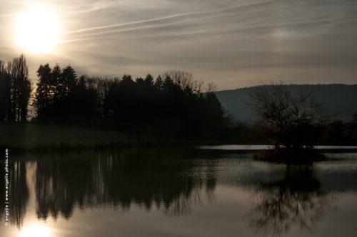 photo © angelle etang balade soir crépuscule arc en ciel hivers reflets serein campagne nivernais bourgogne