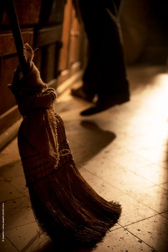photo © angelle balais vieux cuisine cuisinier torchon noeud lumiere étrange
