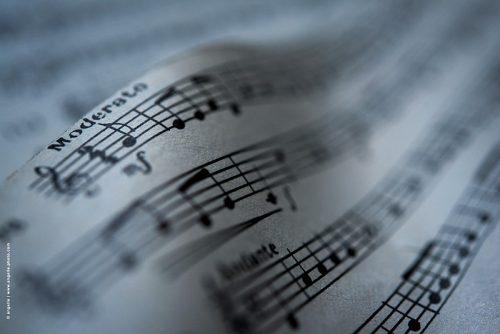 angelle © angelle notes partition moderato musique mouvement clef de sol vague mélodieuse