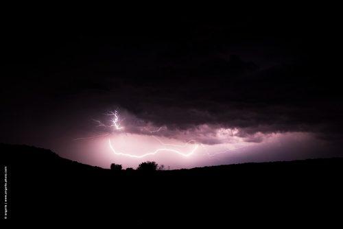 photo © angelle orage d'été eclair campagne nièvre nuit ciel impressionnant